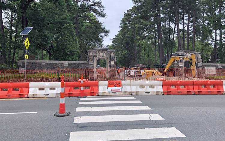 By August, the intersection of Duke University Road and Chapel Drive will feature a traffic light. Photo by Leanora Minai.