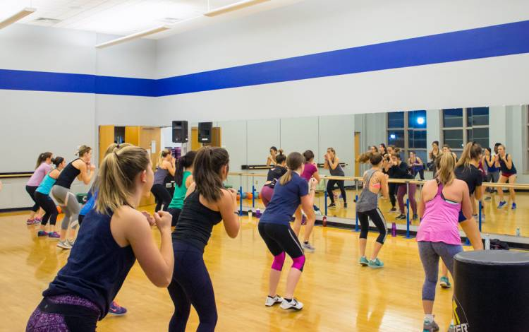 Members of Duke Recreation & Physical Education take part in a group fitness class.