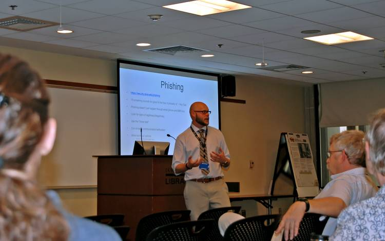 Phillip Batton, a senior analyst with Duke's IT Security Office, discusses online security during last week's Learn IT @ Lunch workshop.