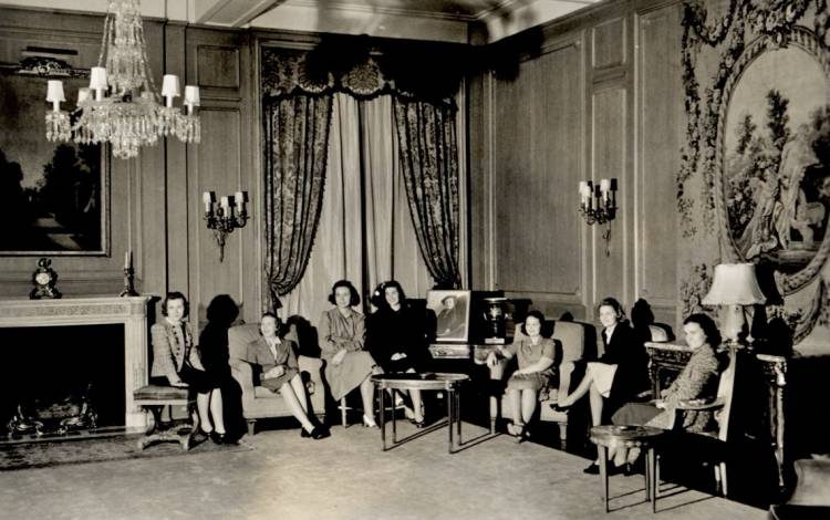 This undated photo shows students meeting in the Blue Parlor. Photo courtesy of Duke University Archives.