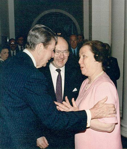 President Reagan greets Jack Matlock and his wife Rebecca.
