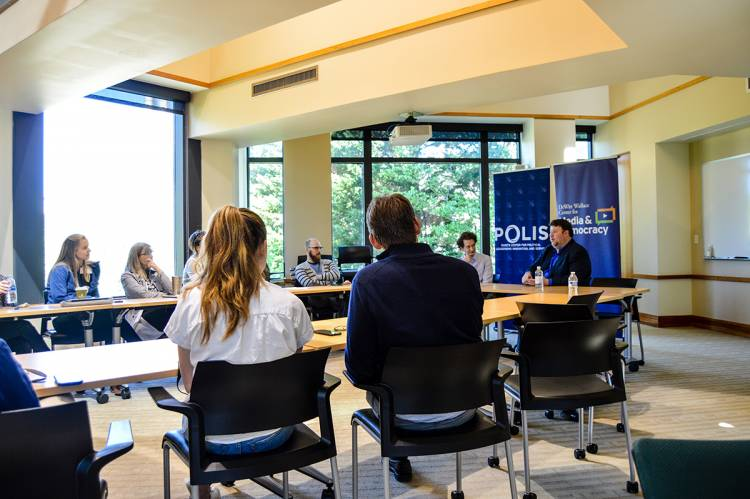 POLIS class on political journalism
