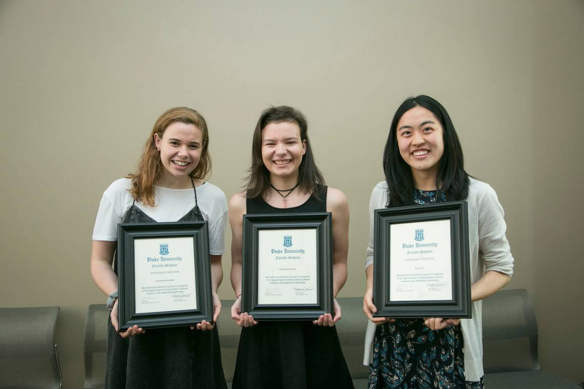 The 2017 Faculty Scholars: Caroline Fernelius, Gabrielle Stewart and Karen Xu. Not pictured are Lauren Bunce and John Lu. Photo by Megan Mendenhall/Duke Photography