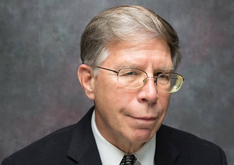 A portrait of physics professor Robert P. Behringer