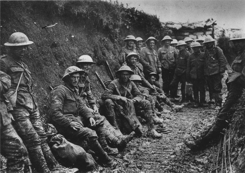 Soldiers at the Battle of the Somme, 1916.