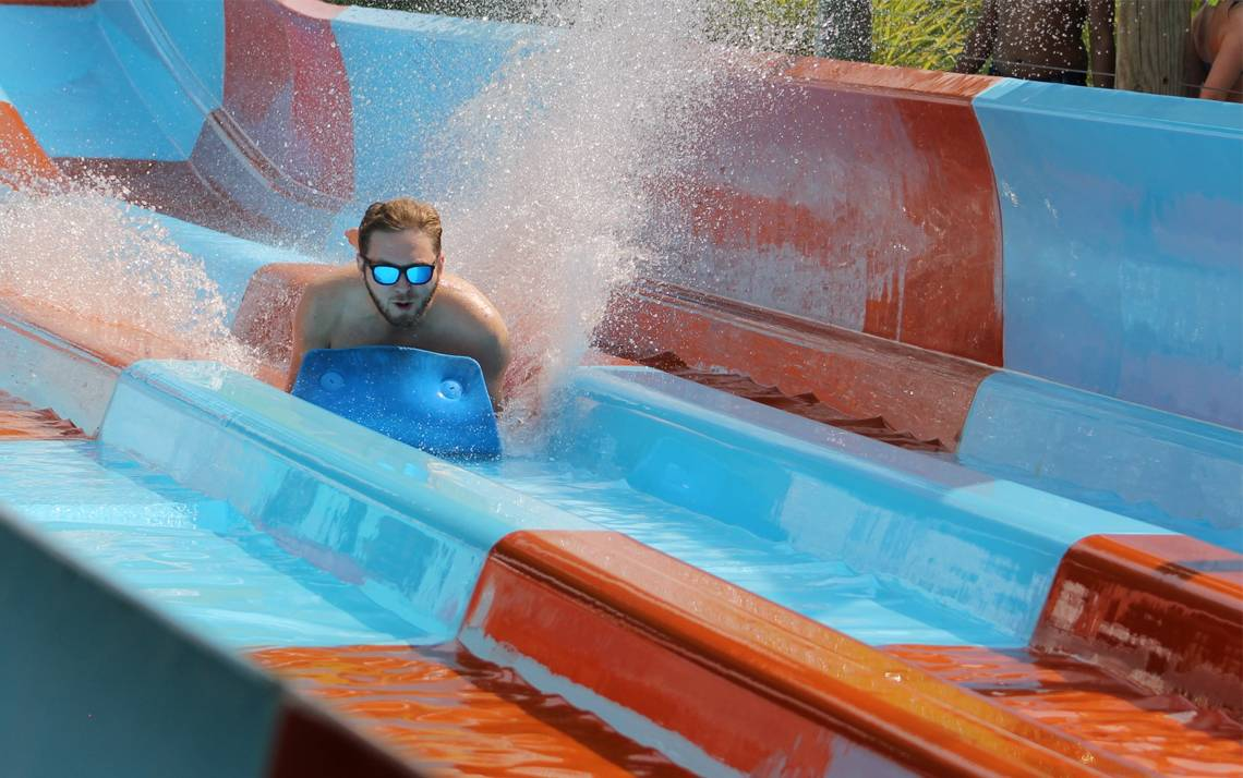 Get 30 percent off admissions to Wet'n Wild Emerald Pointe. Photo courtesy of Wet'n Wild Emerald Pointe.