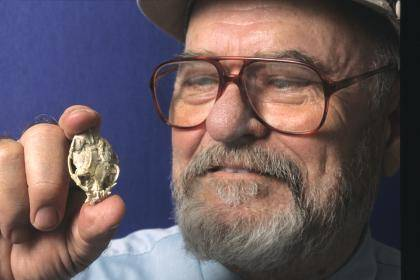 In his 50 years of fossil-hunting Duke paleontologist Elwyn Simons helped uncover the remains of thousands of extinct animals, ranging from 500 years to 55 million years old, many of which now reside in a red brick building on Broad Street known as the D