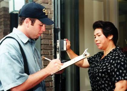 A U.S. Census Bureau employee conducting a personal interview. Credit: U.S. Census Bureau.