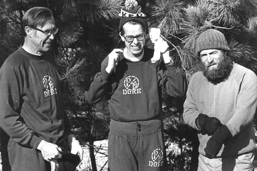 Seth Warner, in the middle with with the Duke hat, prepares for a run with faculty colleagues Orrin Pilkey and Henry Fairbank.
