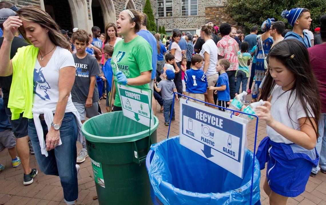 Becky Hoeffler, center, program coordinator with Sustainable Duke, helps coordinate Duke's