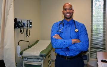 Blue Devil of the Week: Dr. Kenyon Railey followed his father's footsteps as a family physician