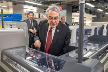 Congressman Butterfield visits Duke Clinical Labs