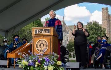 Fuqua School dean William Boulding addresses new graduate and professional students.