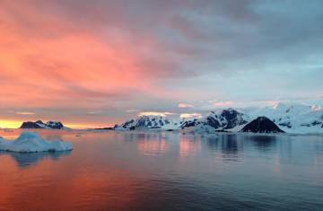 The Antarctic Sea